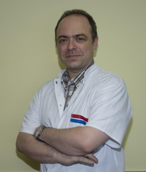 Dr. Arthur Weisman