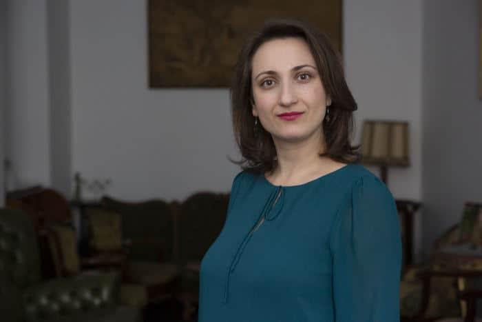 Dr. Elena Iorga - Clinica Oana Nicolau Piata Unirii