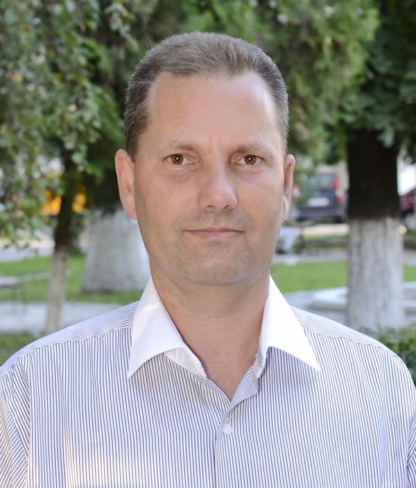 Dr. Horatiu Papiu