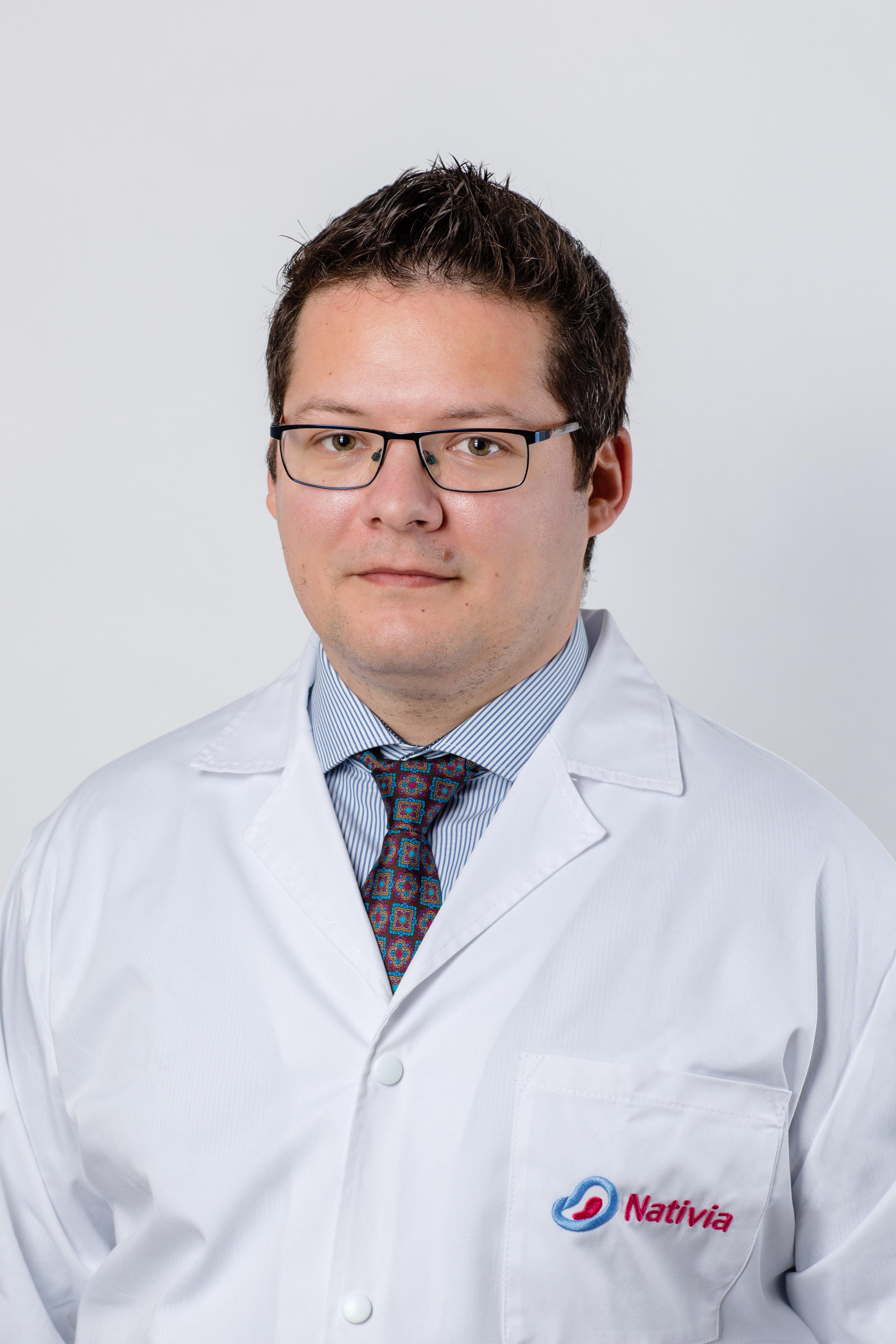 Dr. Radu Botezatu -  Nativia