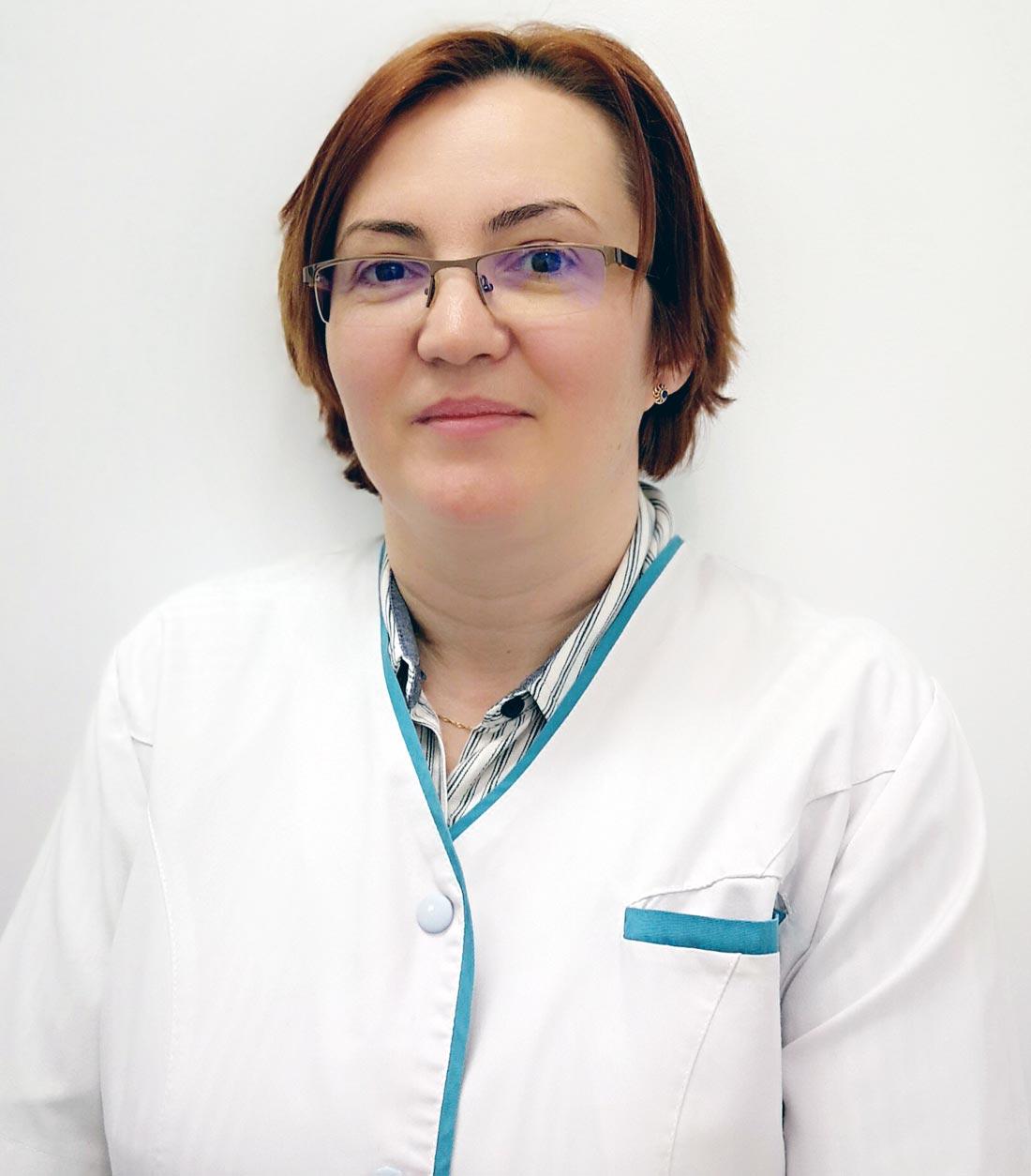 Dr. Alina Damian