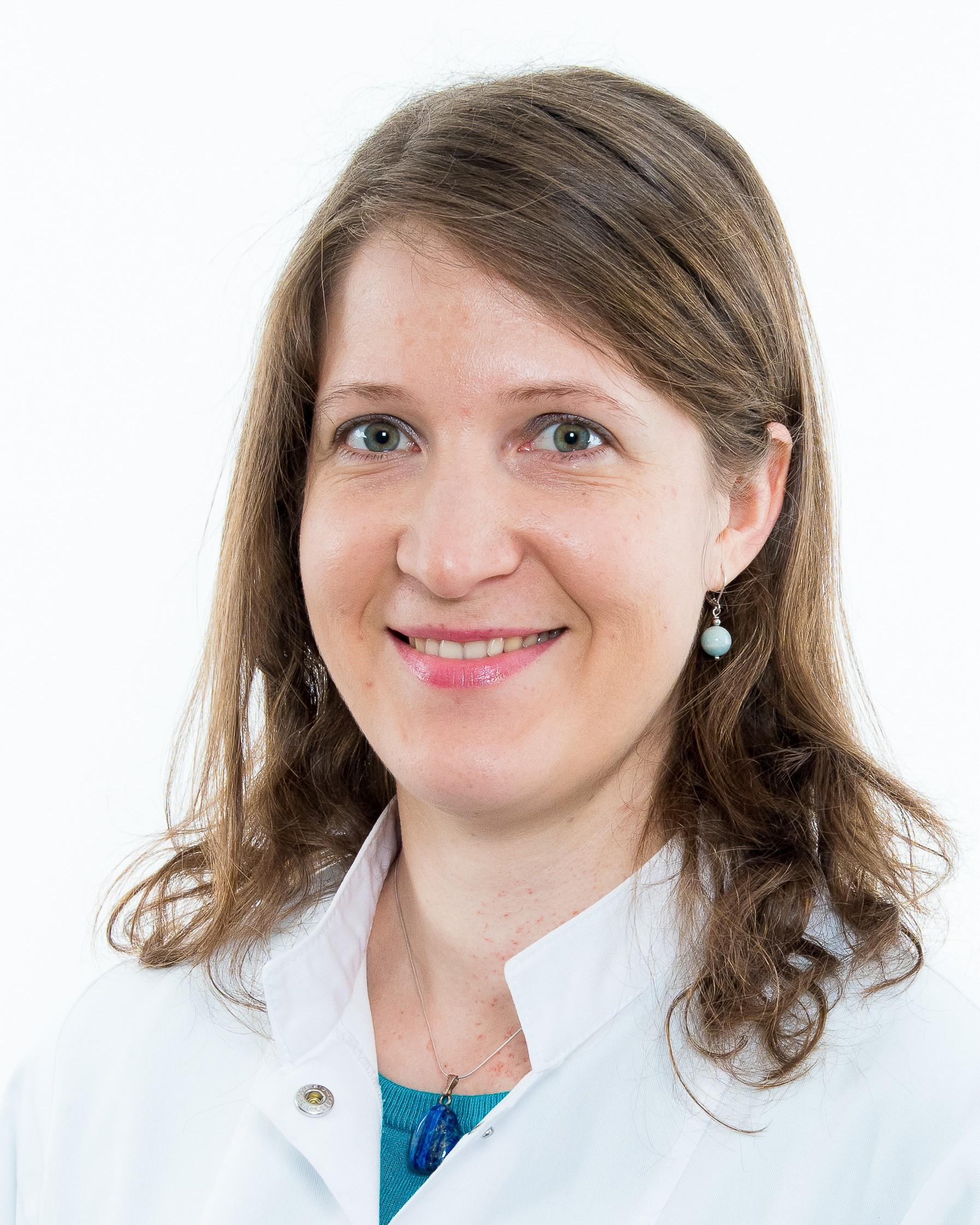 Dr. Andreia Mihale