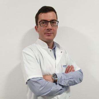 Dr. Radu Ciuvica  - Spitalul de Ortopedie si Chirurgie Plastica MedLife
