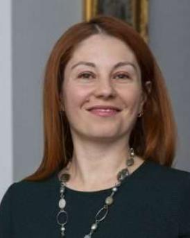 Dr. Corina Aricescu