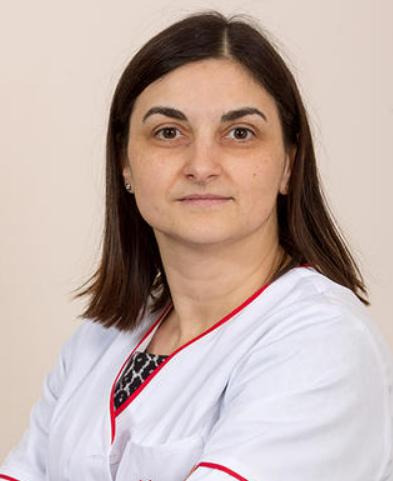 Dr. Neumann Oana