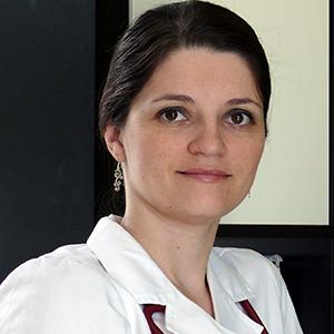 Dr. Emoke Molnar