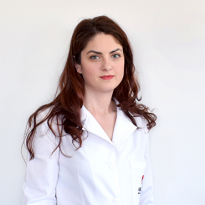 Dr.  Paviliu Laura Elena