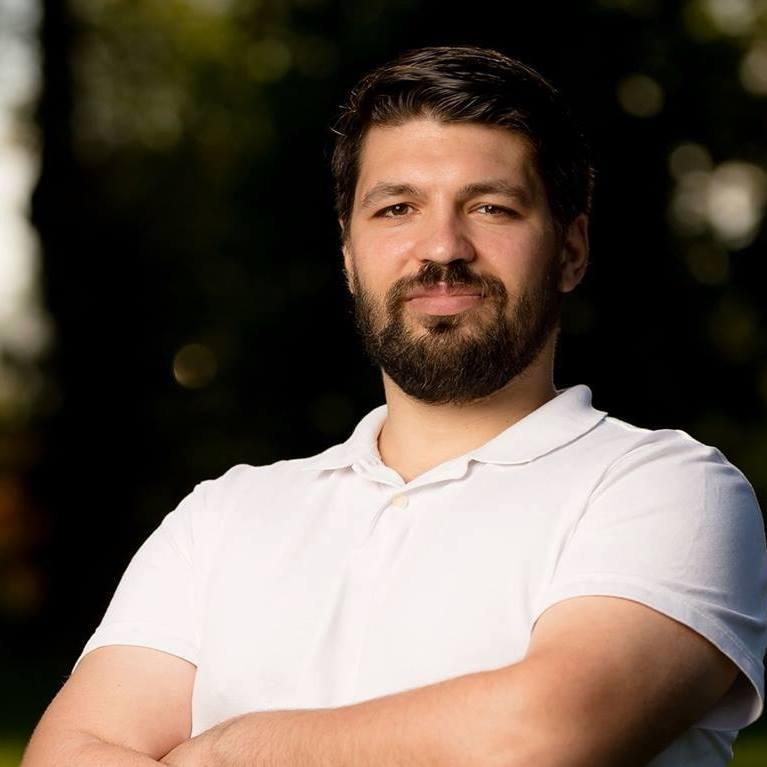 Dr. Mihai Paul  Nastase