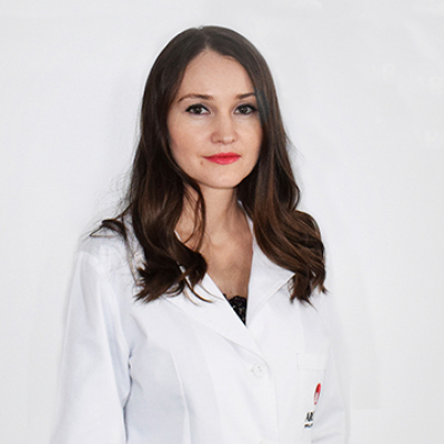Dr. Apetrii Pamela-Nicoleta