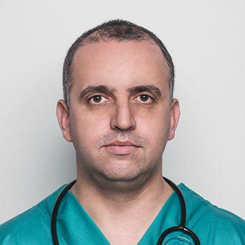 Dr. Bello Aleksander