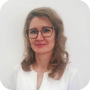 Dr. Eva Otilia