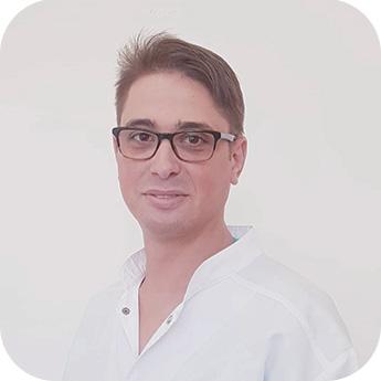 Dr. Issa Raid