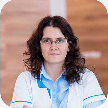 Dr. Pinzariu Oana