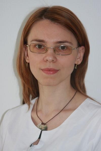 Dr. Parlog-Cristian Ana-Loredana